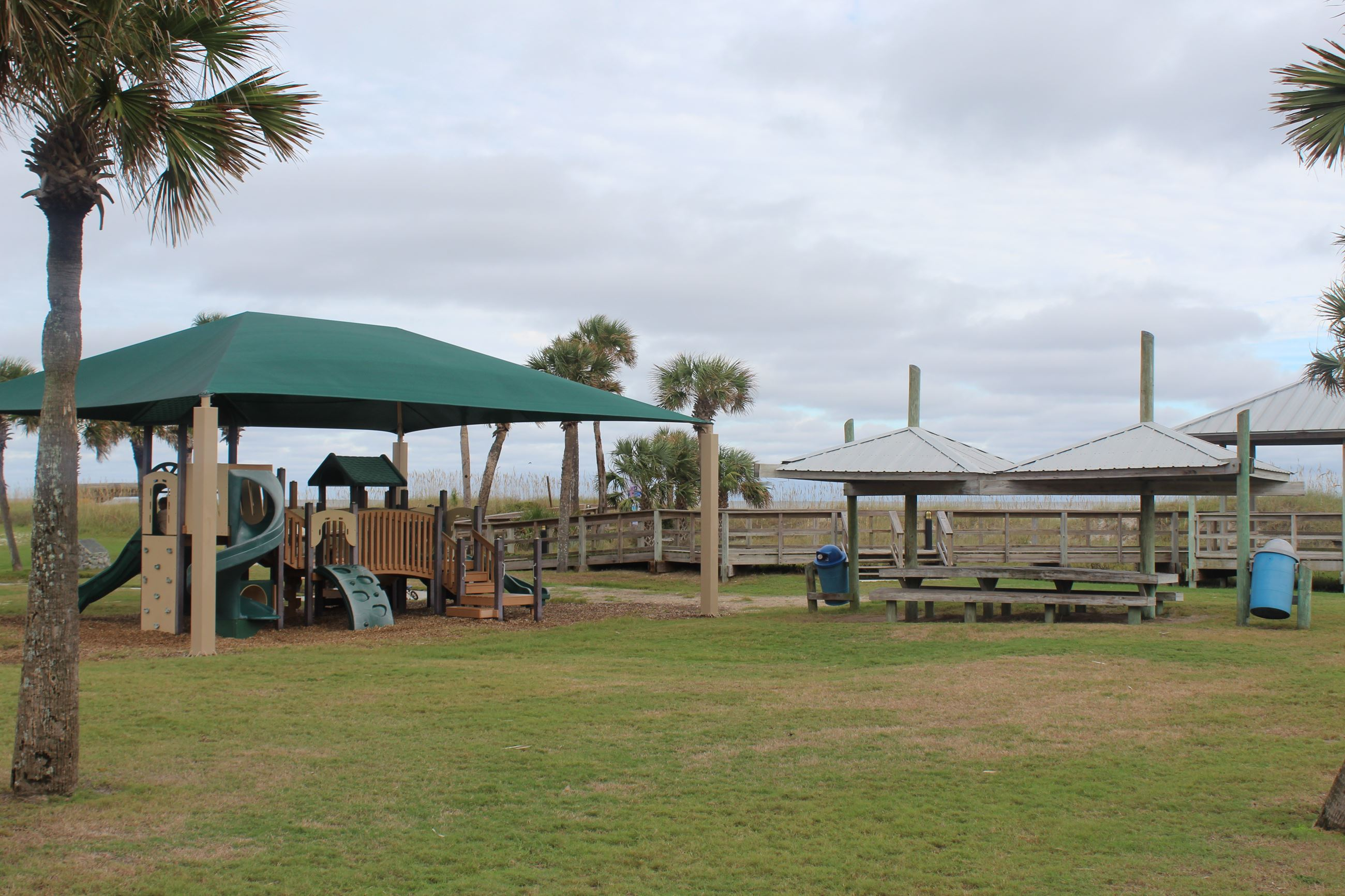 MB Park-playground and picnic shelt